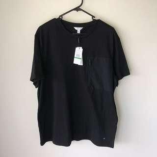 Calvin Klein BNWT T shirt