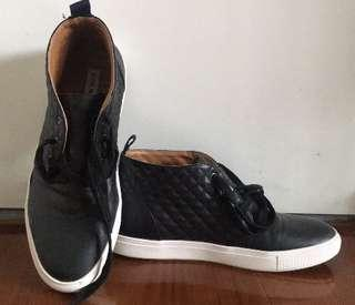 Steve Madden man shoes