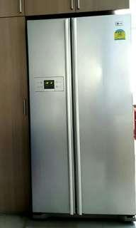 🚚 3 days special discount LG side by side 2 door fridge