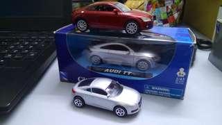 Audi TT lot