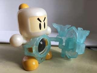 懷舊玩具炸彈人70% New
