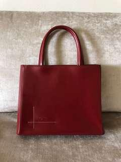 🚚 Salvatore Ferragamo vintage bag