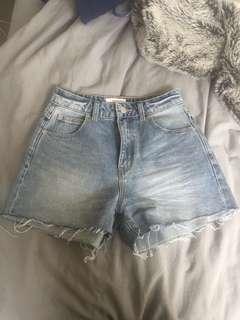 Rollas High waisted denim shorts