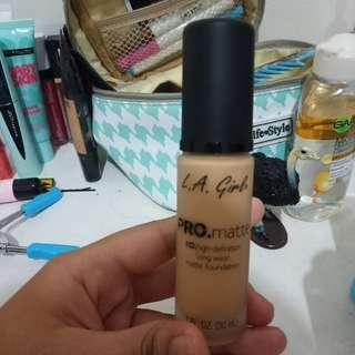L.a girls pro matte hd foundation