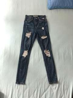 SALE Topshop Jamie Super Ripped Highwaisted Jeans/Pants
