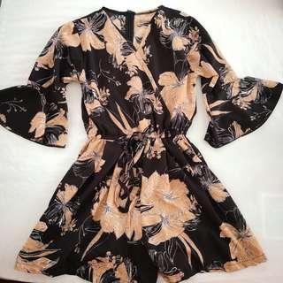 🚚 Floral Romper shorts