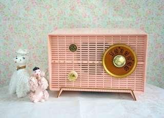 古董RCA勝利牌狗標粉紅收音機
