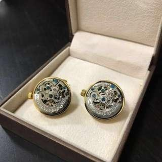 🚚 Cuff Links (premium Swiss automatic movement)