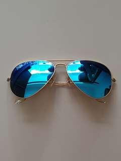 Authentic Ray-Ban Aviator Large Metal Sunglasses - RB3025 112/17 - Size58