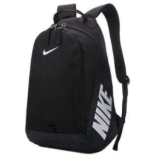 Nike 後背包 書包 運動用品包