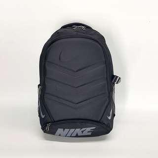 🚚 Nike硬面書包 電腦包 運動包