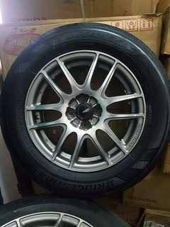 Bridgestone Tyre and rim japan monza size 195x65xr15 1set