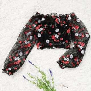 🚚 embroidered off shoulder crop