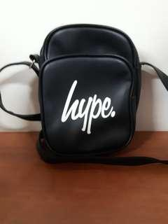 🚚 hype 皮質 側背包 小包