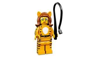 🚚 Lego Minifigures Tiger Lady