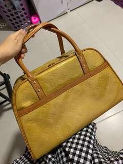 🚚 💯 Limited Edition Vintage Vernis Louis Vuitton LV Boston Bag