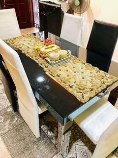 🚚 Dining Table with 6 chairs
