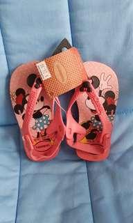 🚚 BNWT Havainas Sling Back Slippers (Kids) - Minnie Mouse