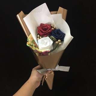 🚚 Flower Bouquet Graduation Bouquet