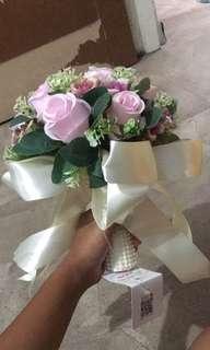 🚚 Wedding hand bouquet