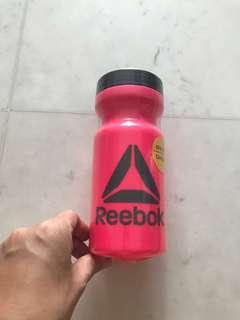 Reebok waterbottle
