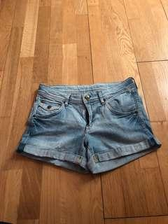 H and M shorts