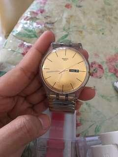 Auth Swatch gold