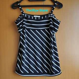 Off shoulder tops hitam putih garis | Black n white stripes off shoulder