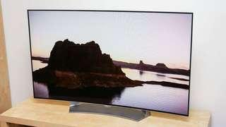 55 in Curved 3D LG TV