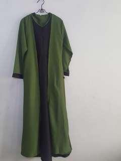 Gamis hijau