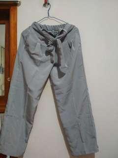Celana Bahan adem.