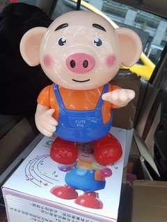 🚚 小豬跳舞 玩偶 出清