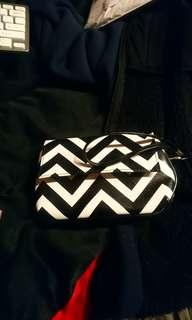 Women's clutch purse