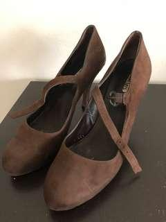 SomMits real leather brown shoes