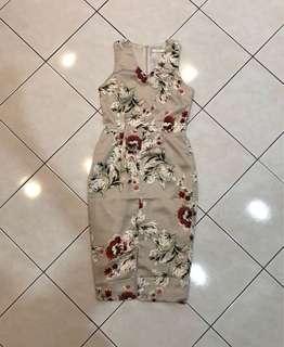 FREE POSTAGE Mds Front Slit Floral Dress