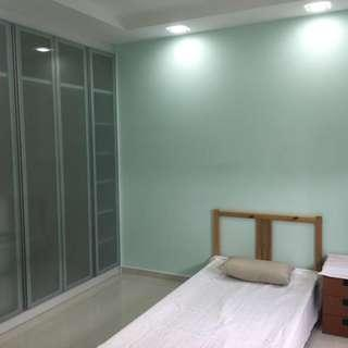 Room for rent at Bukit Batok! No agent fees! URGENT