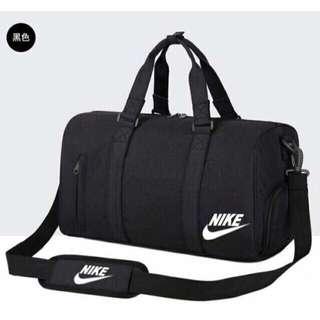 6f834f8320d2 Nike duffel bag   Nike duffle bag