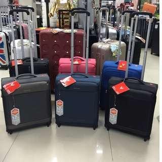 阿豪給特別的人 (意大利品牌Roncato) 行李箱 全新55cm 極輕 高質素 兩輪