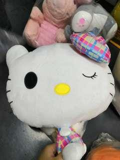 Hello Kitty 2 in 1 pillow & blanket