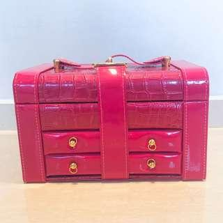 🚚 Tiered Jewellery Box in Pink