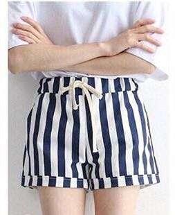 Celana Pendek Stripes