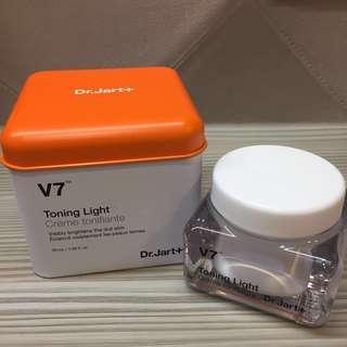 🚚 Dr.Jart+ V7 Toning Light 素顏霜