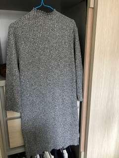 卷邊薄針織連身裙