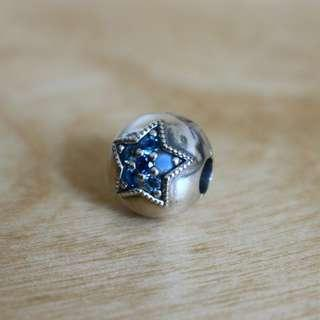 🚚 AUTHENTIC Pandora Bright Star Clip Charm [Sterling Silver 925 ALE With Mixed Blue Crystals]