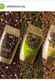 🚚 Dark chocolate granola- white houz (Penang brand)