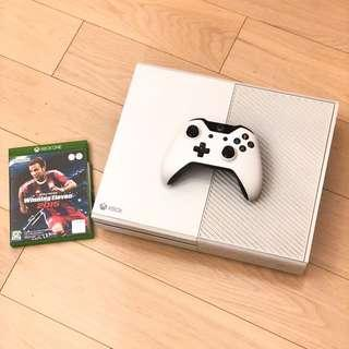 Xbox One White with controller and game. Fully functional 99% new