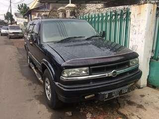 Opel Blazer 2001