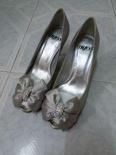 DYOS銀色高跟鞋,36號