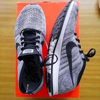 Nike Flyknit Streak Sneakers Authentic