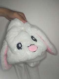 FLAPPING BUNNY HAT